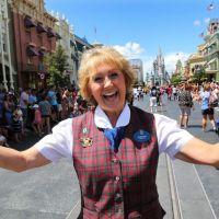 Como os funcionários da Disney devem ser?